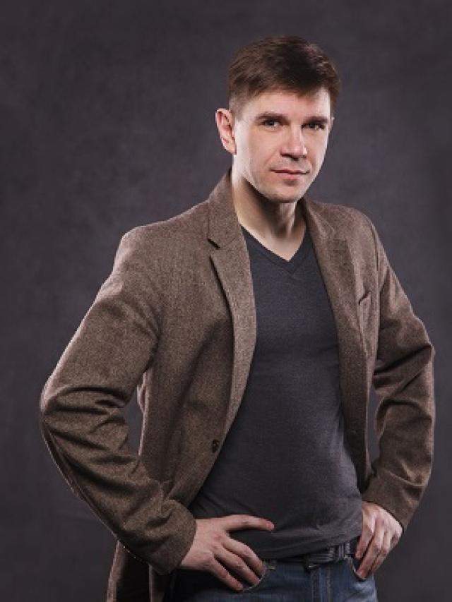Сергей Ахлюстин