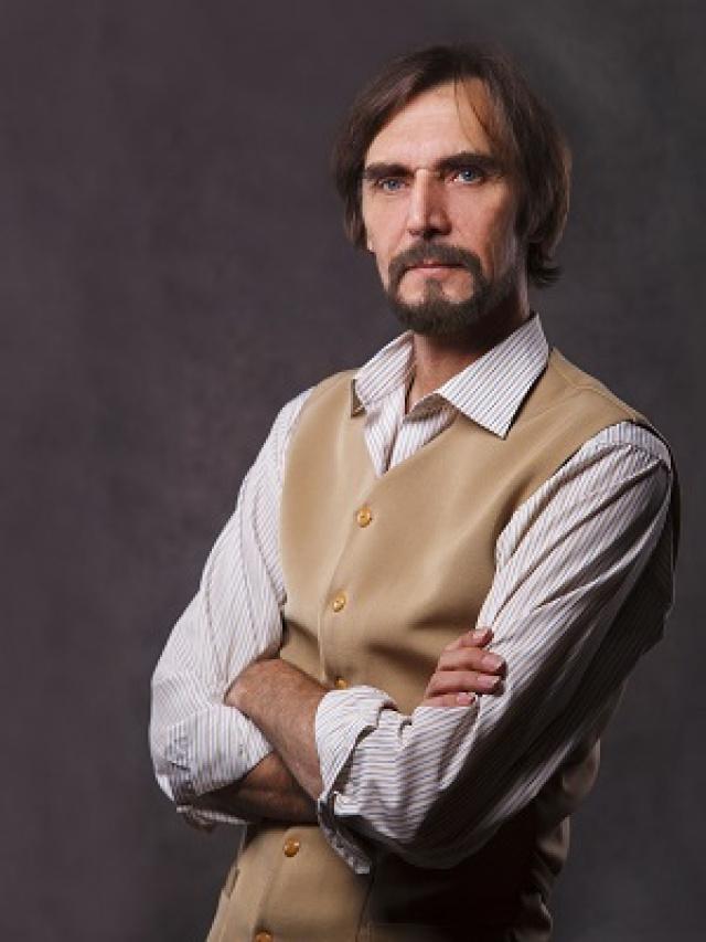 Заслуженный артист России Вохобжон Азимов